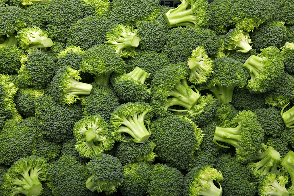 Broccoli can give you a fiber boost, but you need a lot.